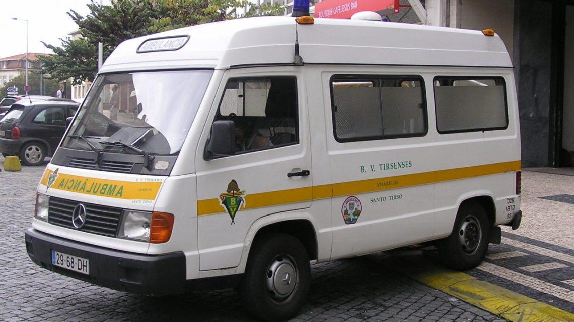 Bebé nasce em ambulância dos Bombeiros de Santo Tirso