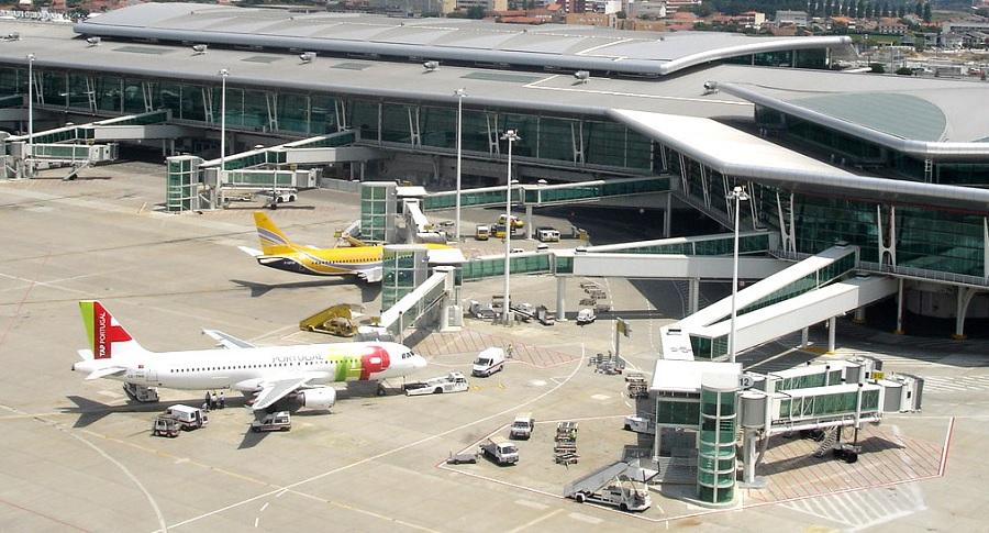 Covid-19: As restrições aéreas vão ser prolongadas até 15 de abril