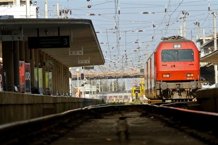 Porto e Aveiro ligados à alta velocidade até 2028