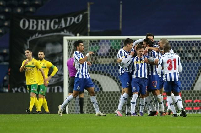 FC Porto vence Paços de Ferreira e sobe ao segundo lugar