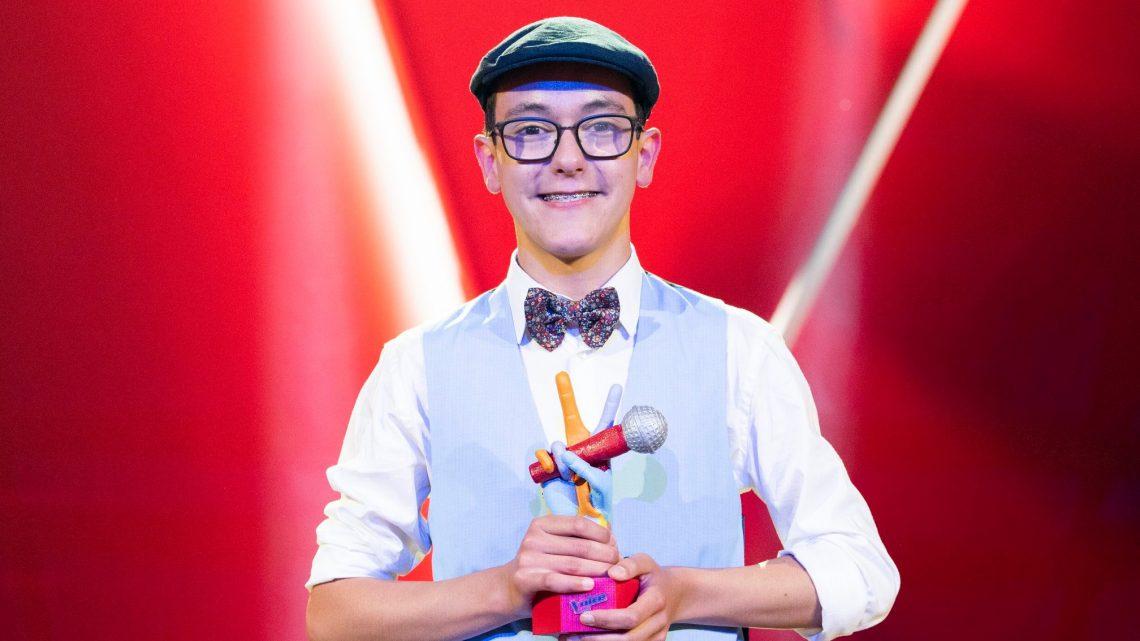 """Simão Oliveira vence concurso """"The Voice Kids Portugal"""""""
