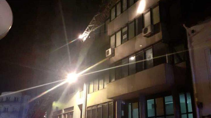 Fogo em prédio no Centro Histórico do Porto causou pânico entre os habitantes