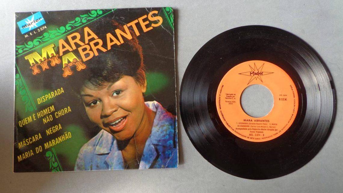 Morreu a cantora Mara Abrantes