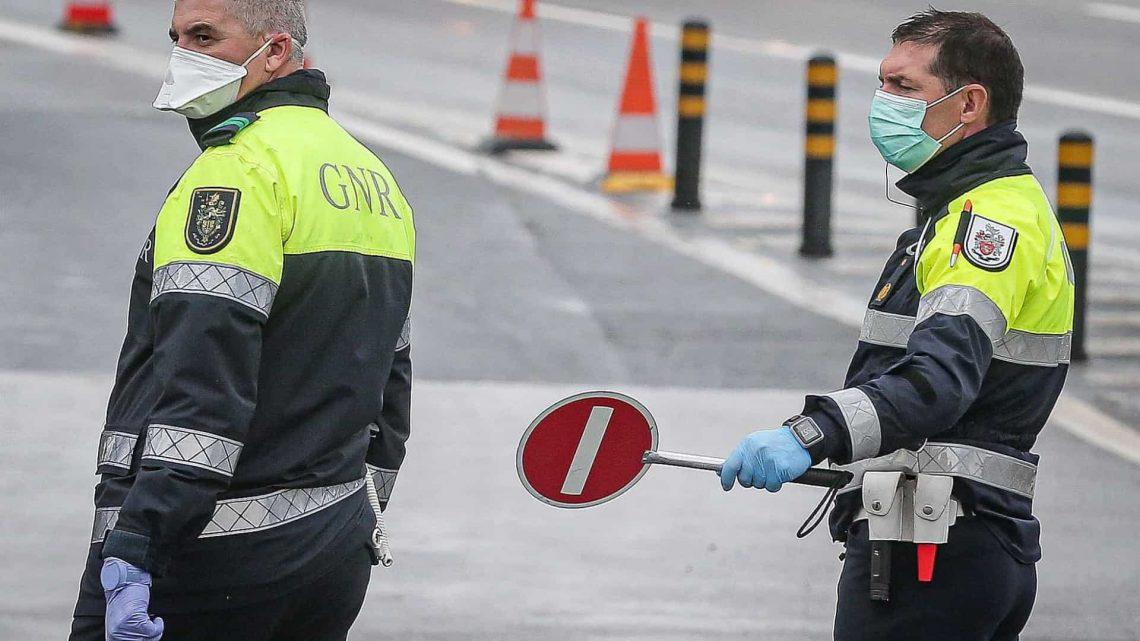GNR detetou 58 automobilistas e passageiros a violar medidas de confinamento na A1 e A29