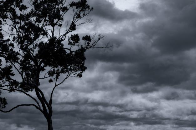 Fim de semana traz muitas nuvens e aguaceiros