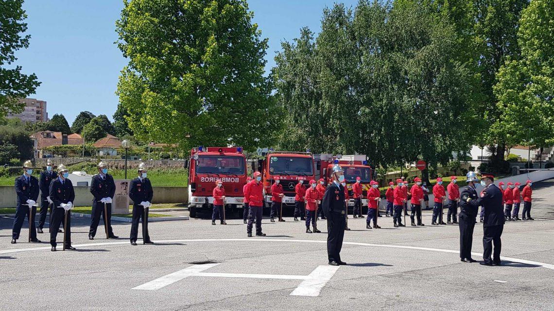 Bombeiros da Feira aproveitaram cerimónias do centenário para reivindicarem viatura de escada e segunda equipa de intervenção permanente