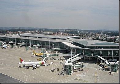 Descolagem com um carro na pista do Aeroporto do Porto  investigada pelas autoridades aeroportuárias
