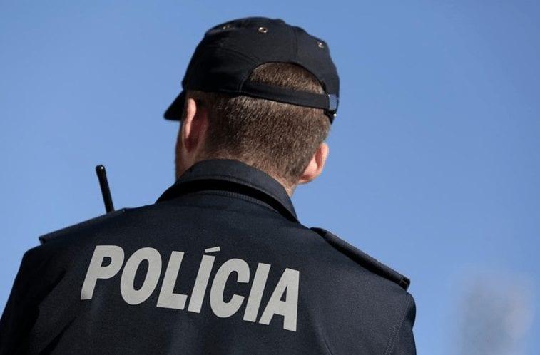 Duo assalta papelaria em Espinho e furta raspadinhas